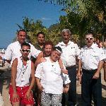 Voici l'équipe qui nous recois a Los de Macos, un autre plage offert par le décameron,, bravo a