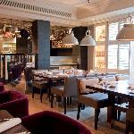 HUNter 486 Restaurant and Bar