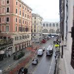 pas loin du Termini, on le voit de notre fenêtre