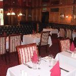 Snooty Fox restaurant & dining room