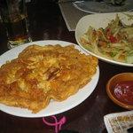 kaijiao moo sup (minced pork omlette)
