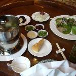 別のレストランではキノコの鍋が食べられる