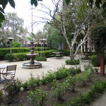 Bungalows 313 courtyard