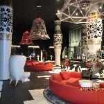 Beeindruckend und stylisch - die Lobby