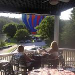 Sunset Ballons and Libations