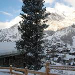 The view from just out of the chalet.. you can see a side of the chalet...