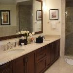 Suite Master Bath