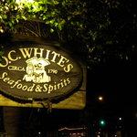 Photo de O.C. White's Seafood & Spirits