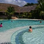 legands pool