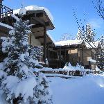 Vue de l'hotel apres un jour de neige