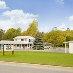 Americas Best Value Inn-Jonesville/Hillsdale
