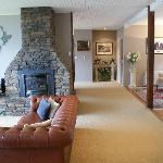 Tthe  lounge