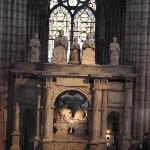 monument funéraire a la Basilique de Saint Denis