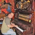 Sing-Along Piano Player