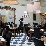 KING'S ARMS DINING AREA