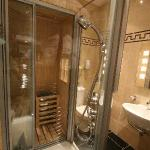 shower with sauna room