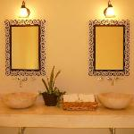 Hotel Merida Santiago - double sinks (models different in other rooms)