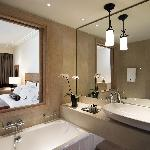The Westin Resort, Deluxe Room (Bathroom)