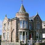 Lansdowne Guesthouse
