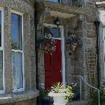 Lansdowne Guesthouse Front Entrance