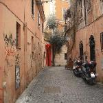 The lane out to P. Sta Maria in Trastevere