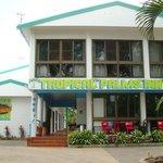 Tropical Palms Inn