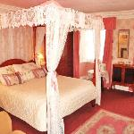 The Romantic Pink 4 poster ensuite room ,