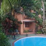 hotel lush gardens