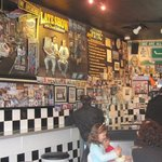 Photo de Nat's New York Pizzaria