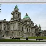 CITY HALL IN BELFAST. THIS BUILDING IS HUGH. IT TAKES UP A WHOLE SQUARE BLOCK.