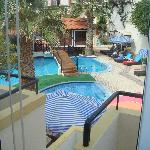 Photo de St. Constantin Hotel