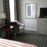 Desk, mini-bar, room 809
