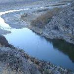Looking down on the Rio Grande River from the trail above.