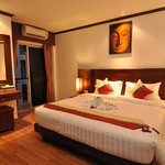 Hemingways Hotel Patong Beach