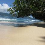 Beach in front of the Honeymoon Bures