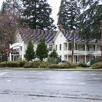 Wolf Creek Inn at a distance