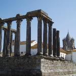 Évora, Patrimonio de la Humanidad. Vista del Templo de Diana. Marzo 2010.