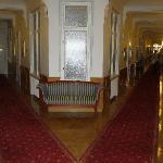 Grand style corridors