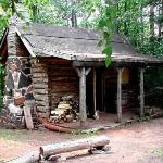 Chisholm Cabin in the Woods