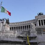 Piazza Venezia, the wedding Cake
