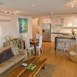 Cairns Self-Contained Holiday Apartment