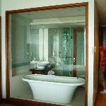 floating bath tub