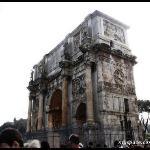 Arco di Costantino (18.2.2010)  ROME