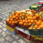 Beautiful oranges in Tunisia, very sweet..all the vegetable stalls n fruit stalls were amazing..