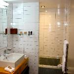 Main bathroom in two bedroom apartment