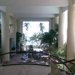 Lobby entrance - el grande !!
