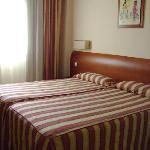Habitación doble, Hostal Residencia Torrijos, Cheste, Valencia