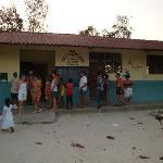 scuola elementare villaggio pescatori Kiwemgwa