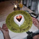 beautiful b-day cake