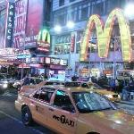 taxis at Times Sq